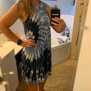 Sleeveless swing dress - Size L